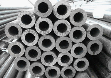 China Tubo de aço do rolamento redondo de ASTM A295 52100 SAE 52100, tubos de aço inoxidável da parede grossaem vendas